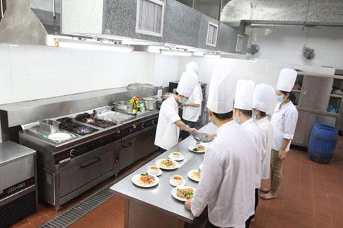 烹饪(名菜制作与营养保健方向)