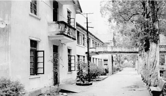 广州白云工商技师学院1990年时校舍