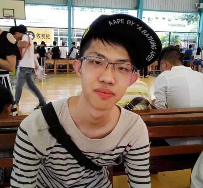 我来自香港,李泓进