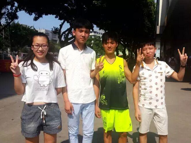 我们是吉林省长春市张碧君、黑龙江省哈尔滨市李东奇