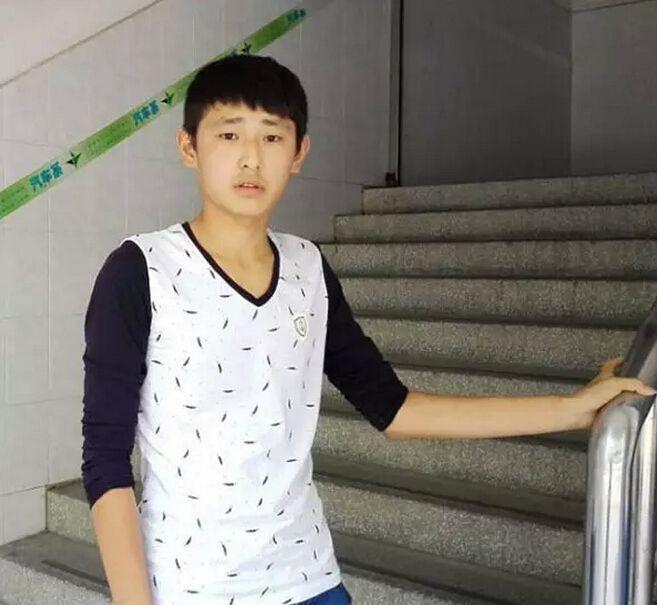 我来自河南信阳,我叫李晨