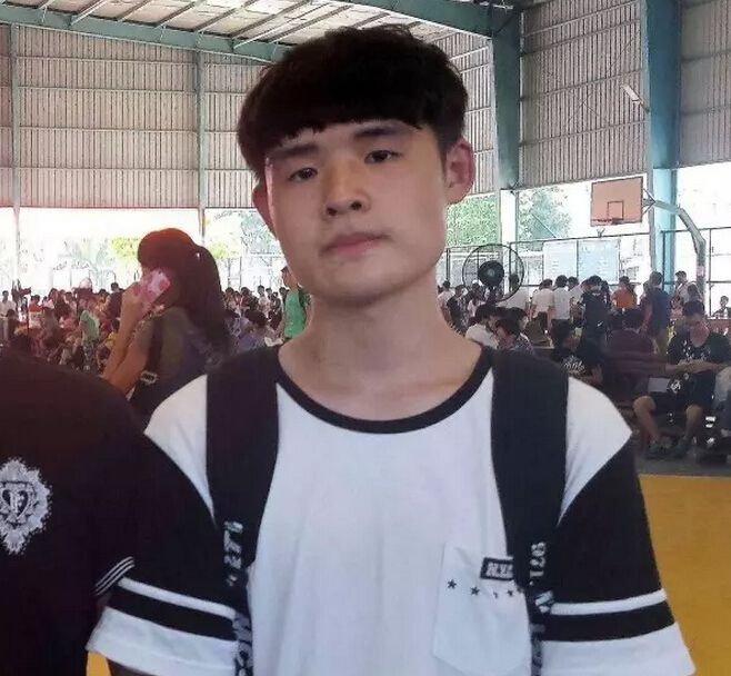 我来自浙江温州,我叫陈亚伦