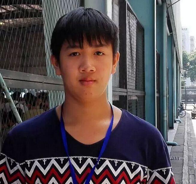 我来自江西吉安,我叫欧阳传龙
