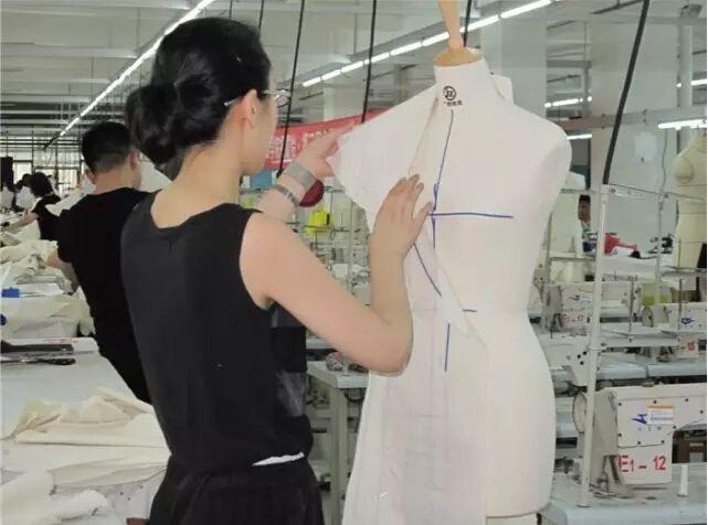 富怡第四届全国十佳服装制版师大赛