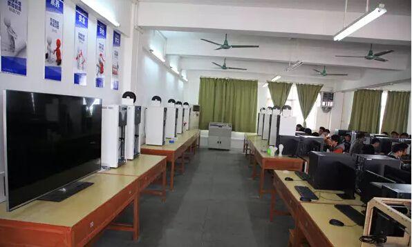 白云捷和3D打印产学研中心