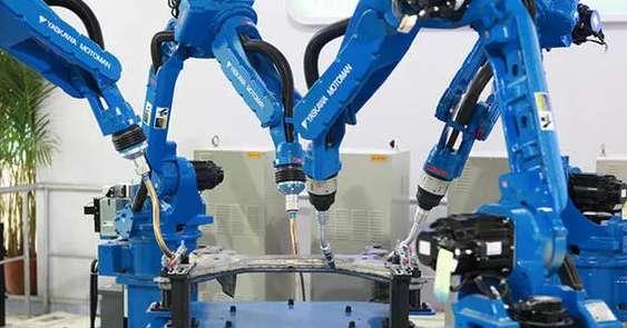 智能制造人才的摇篮-工业机器人应用与维护专业