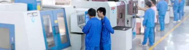 广州技校排名第一位的广州白云工商技师学院机床实训室