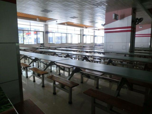 校内食堂,珠江公寓还一个食堂